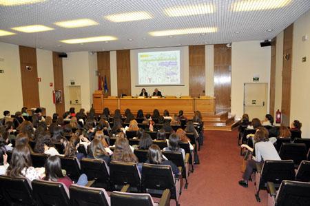 Bienvenida del Director General del CIEMAT a las participantes en el Science Dating