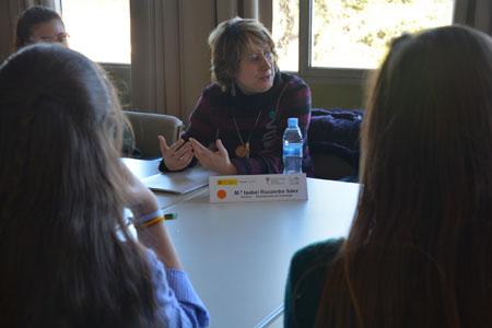 Dra Isabel Rucandio durante el Science Dating