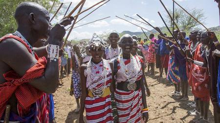 Donne-africane-vestiti-tipici