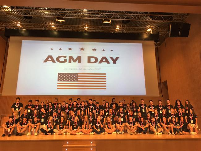 foto de familia ok estudiantes USA